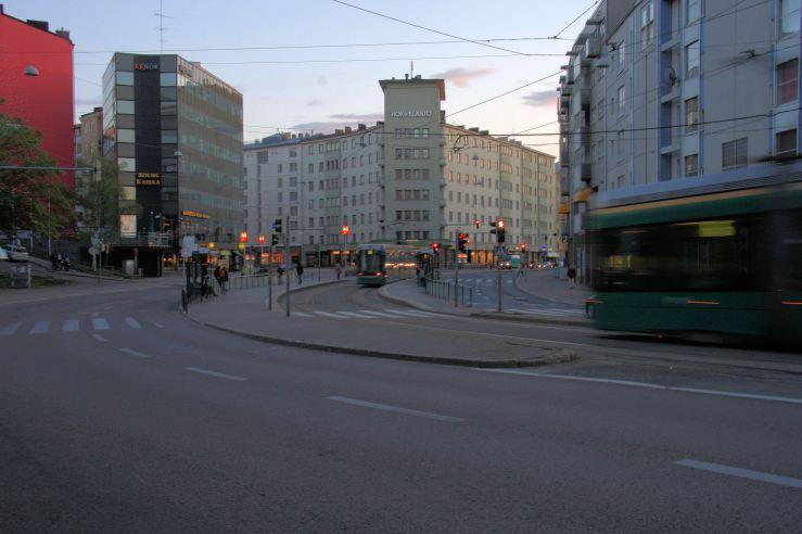 http://commons.wikimedia.org/wiki/File%3AKurvi_Helsinki_Finland-2008.jpg